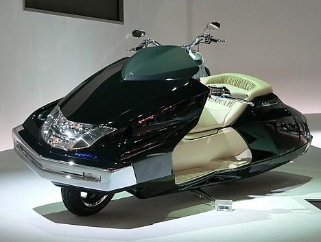 Yamaha Maxam best picture