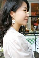 가을바람에 커피향이 묻어나는 분당 정자동 카페거리에서 만난 스타일리쉬 소니피플을 소개합니다.-한윤희(30) / 싸이더스FNH